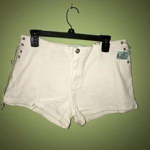 Zana Di Super Low Rise Jean Shorts
